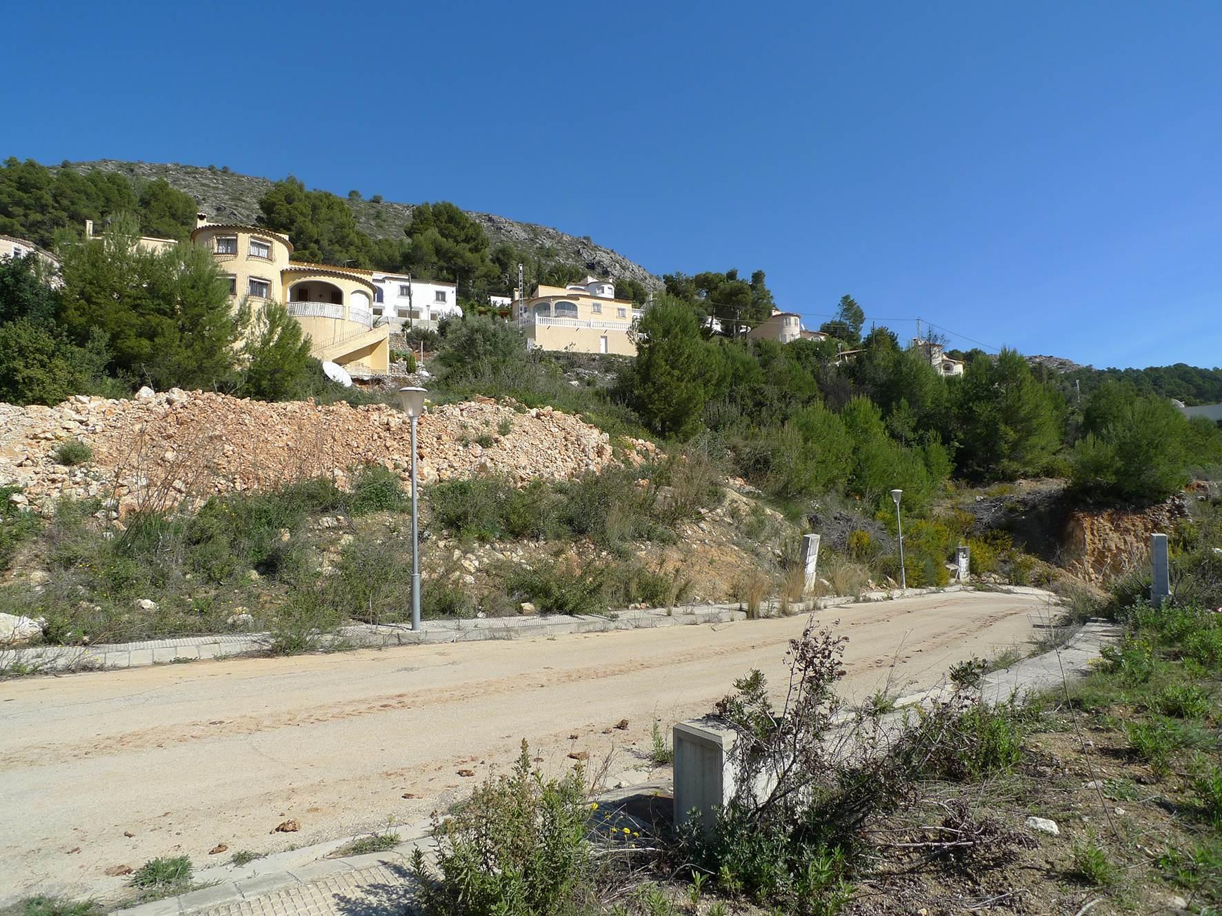 Plot in Alcalali