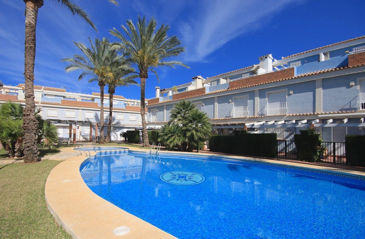Townhouse in Els Poblets Playa